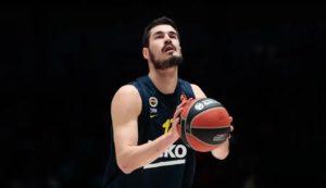 Nikola Kalinic llega al Valencia Basket por un año